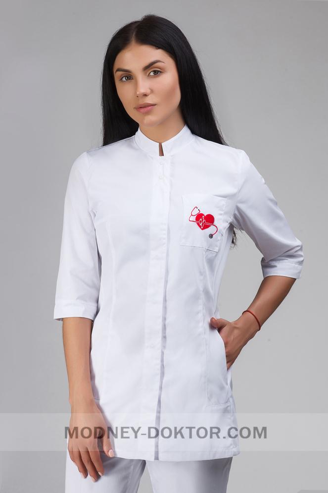 Женский медицинский костюм (с вышивкой Сердце)